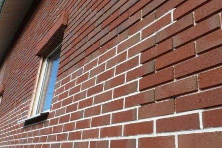 Кирпич и фасадные системы: «pro» и «contra»