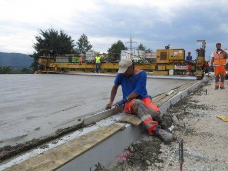 Что выбирает Европа: цементобетон vs асфальтобетон