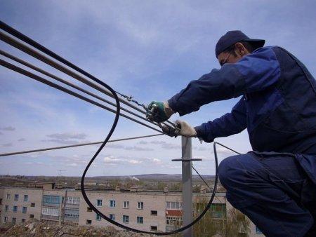 Провайдеры заплатят собственникам жилья за аренду крыш и стен