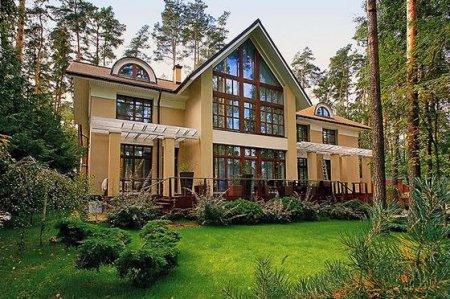 Сколько стоит и где находится самый дорогой дом в России
