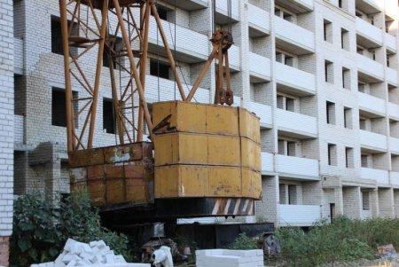 Сколько долгостроев саратовские власти обещают сдать до конца года