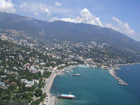 Эксперты назвали цены на приобретение и съем квартир в Крыму