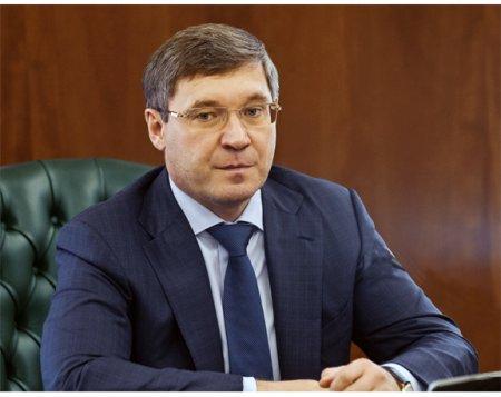 Владимиру Якушеву, министру строительства и ЖКХ РФ