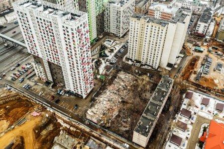 Названы лидеры московских районов по числу площадок для реновации