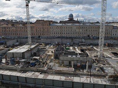 Застройщики Петербурга массово получают разрешения впрок