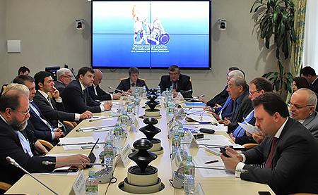 Представители «Сибирского цемента» приняли участие в заседании круглого стола, посвященного   борьбе с распространением контрафактных и некачественных стройматериалов