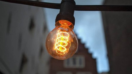 Центральные районы Симферополя и Севастополя отключены от электричества
