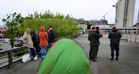 Сироты из Владивостока объявили голодовку ради жилья