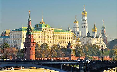 Как Москва отрывается от регионов России