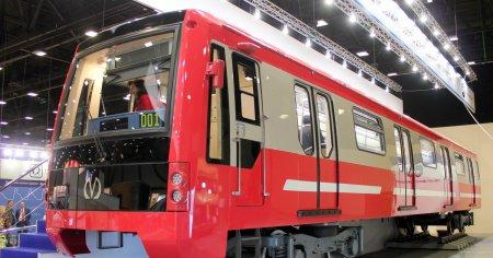 В Питере представят вагон метро нового поколения