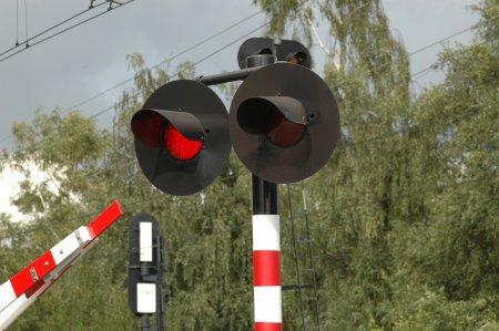 В Подольске электричка «Москва-Серпухов» столкнулась с легковушкой