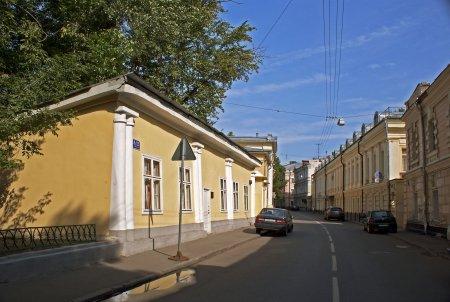 Изменилось движение в Архангельском и Потаповском переулках Москвы