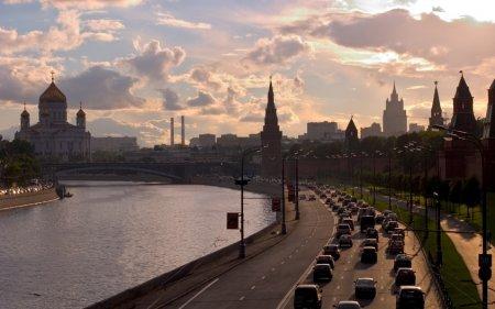 28 июля перекроют движение на нескольких улицах в центре Москвы