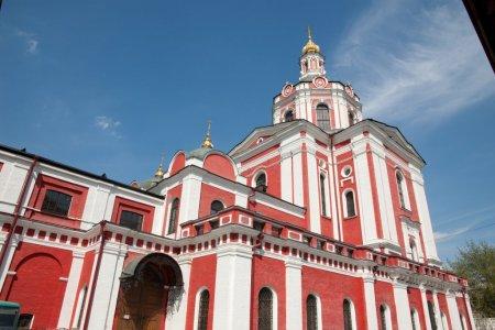 Пользователю старинной московской церкви помешали переделывать памятник
