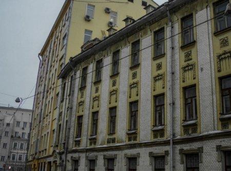 В Москве воспрепятствовали незаконному ремонту дома в Вознесенском переулке
