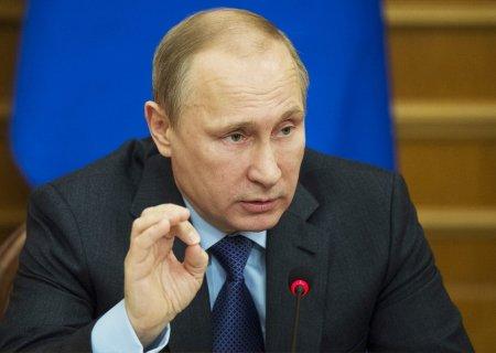 Путин велел оставить льготы по налогам на землю на период пенсионной реформы