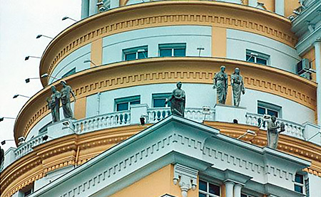 Элитная недвижимость: давит на рынок, в целом, и живет по своим законам