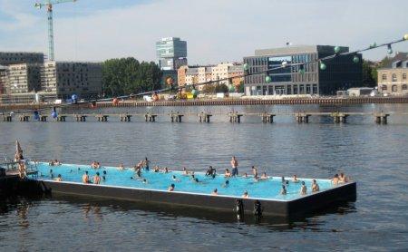 Объявлены сроки строительства плавучего бассейна на Москве-реке