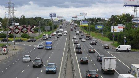 На Киевском шоссе власти города обещают дополнительные полосы