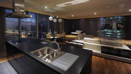 Сотка самых дорогих квартир Москвы теряет в цене