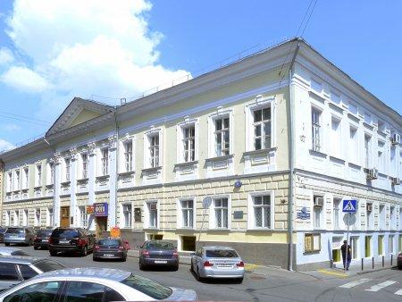 Усадьба в центре Москвы, где Толстой читал свою пьесу, будет отреставрирована