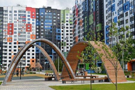 Правительство Москвы за неделю разрешило возвести десять домов реновации