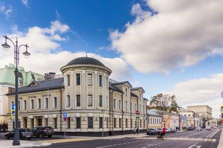 Москва продает помещения в купеческом доме на Большой Ордынке