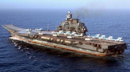 Какие повреждения нанесло падение крана авианосцу «Адмирал Кузнецов»