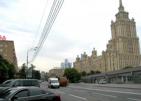 На участке Кутузовского проспекта в Москве стало больше полос