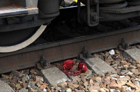 Поезд в Красноярске насмерть сбил женщину с малолетним ребенком