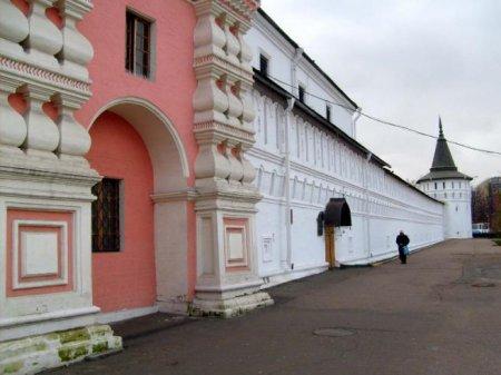 Три здания Даниловского монастыря в Москве готовят к реставрации