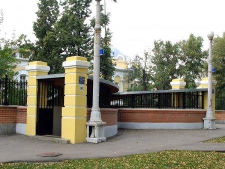 Возобновил работу подземный туалет тридцатых годов на ул. Верхней Красносельской