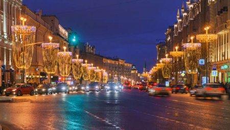 Несколько улиц в центре Москвы перекроют с 29 декабря по 2 января